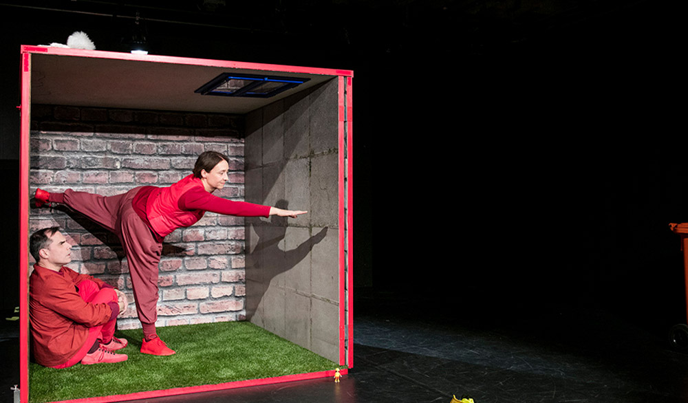 Theaterstück Unsere Grosse Welt JES Theater Stuttgart