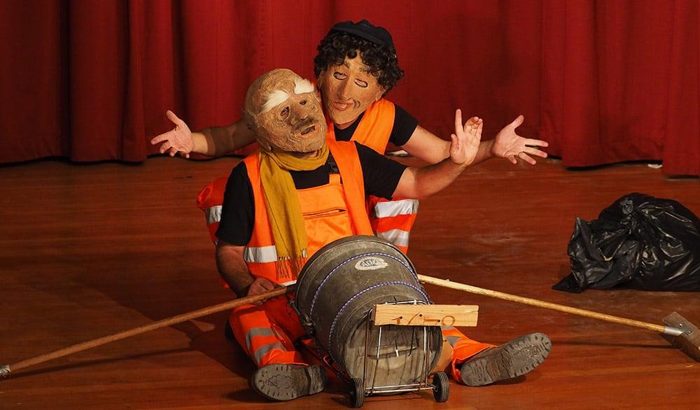 Theaterstück Männerträume in Orange im Theater in der Badewanne Stuttgart